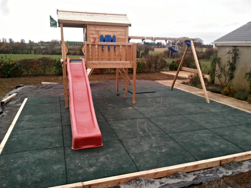 Private Playground With Planted Shrubbery - Private House, Nenagh