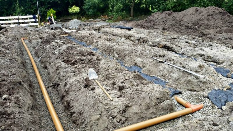 New Percolation Project And Landscaped Lawn - Private House Nenagh